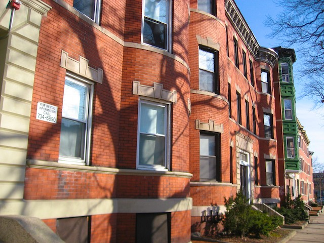 2.8 Beds, 1 Bath apartment in Boston, Allston for $1,995